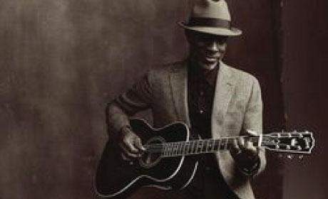 Keb' Mo', man with guitar