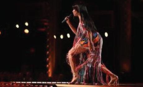Sheléa performing onstage